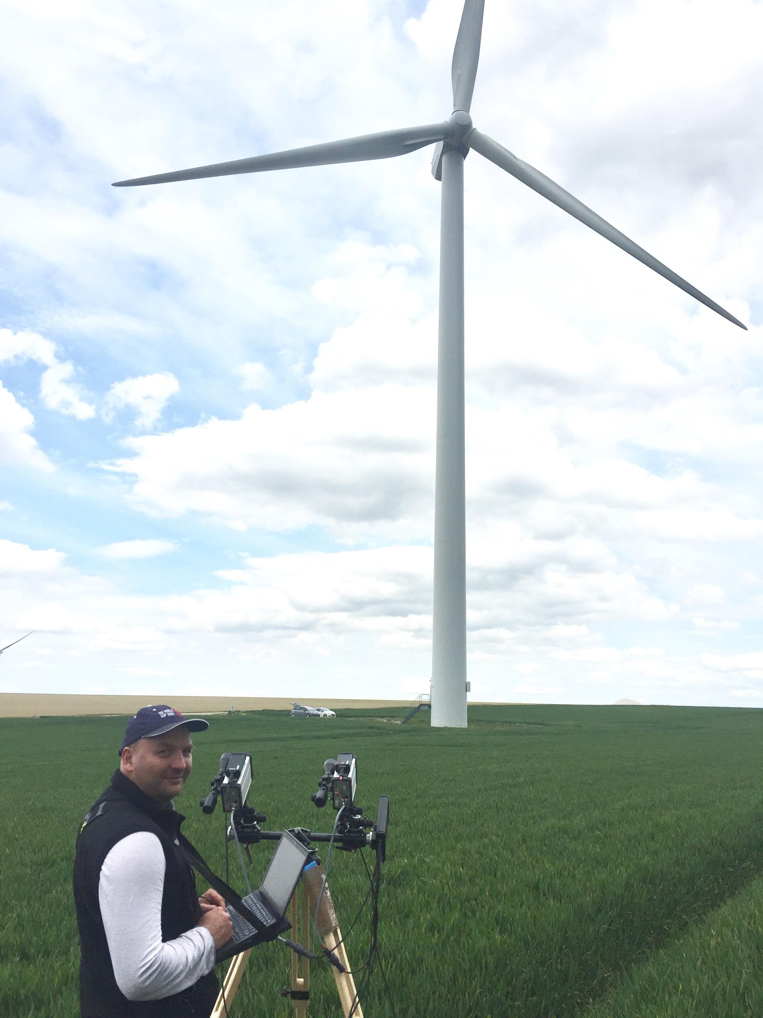 fae4d089e227e3 Alpha Wind a déjà inspectées 100 éoliennes en France / 100 wind ...